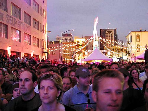 street-scene - public domain image by Jon Sullivan